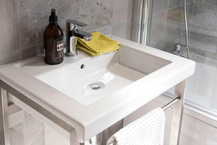 Residential Park Homes Wessex sanctuary bathroom