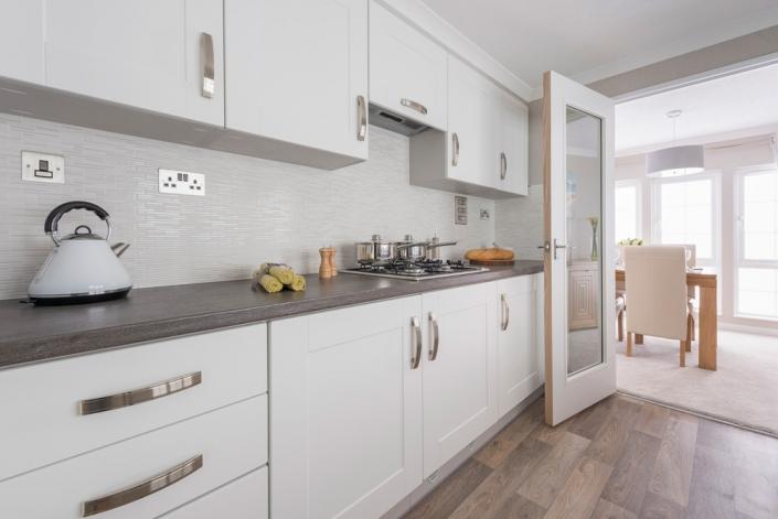 residential park homes omar kitchen left